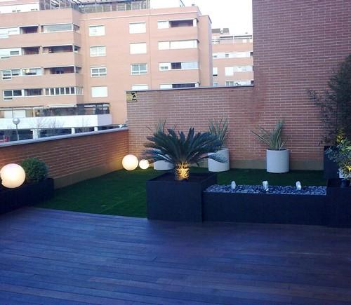 Terrajardin especialistas en jardiner a y paisajismo for Iluminacion terrazas aticos
